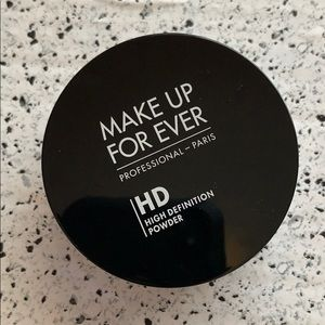 NEW Make Up For Ever HD Microfinish Translucent